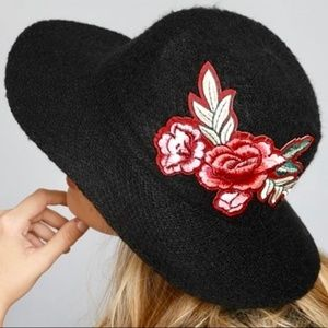 PANAMA FLORAL EMBROIDERED HAT-BLACK